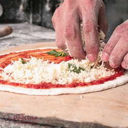 PIZZA LIVE PRIVATE COOKING MASTERCLASS WITH CATERING & COOKING KIT