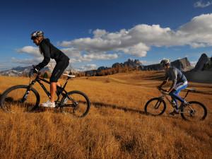 bike-MTB-Cortina_Dolomiti-300x225.jpg